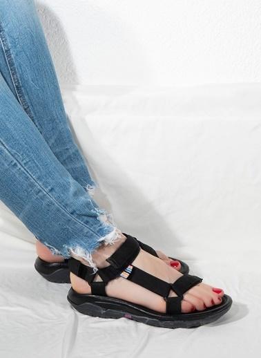 Nemesis Shoes Nemesis Shoes Kadın Sandalet Siyah